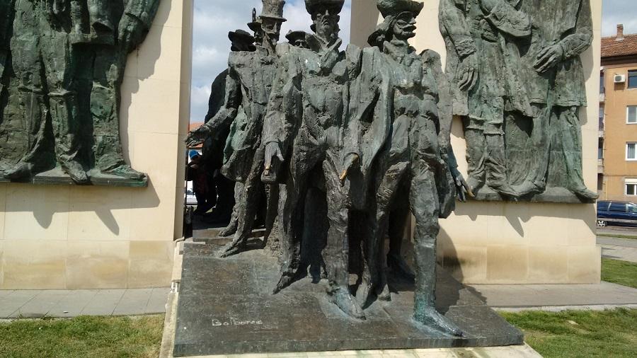 Monument Ostasi